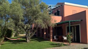 Ionian Breeze Studios, Apartments  Lefkada Town - big - 2