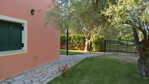 Ionian Breeze Studios, Apartments  Lefkada Town - big - 6