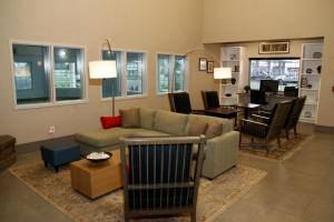 Country Inn & Suites by Radisson, Prineville, OR, Hotel  Prineville - big - 19