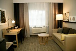 Country Inn & Suites by Radisson, Prineville, OR, Hotels  Prineville - big - 16