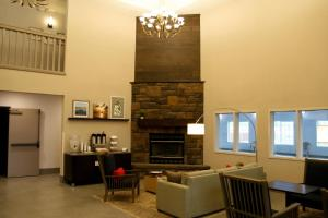 Country Inn & Suites by Radisson, Prineville, OR, Hotel  Prineville - big - 27