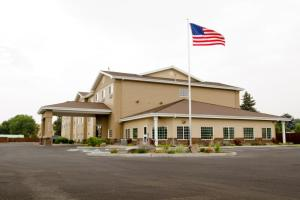 Country Inn & Suites by Radisson, Prineville, OR, Отели  Prineville - big - 33