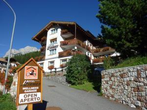Hotel Zirmes - AbcAlberghi.com