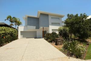 10 Pavilion Court, Mudjimba, WIFI, Linen Included - Pacific Paradise