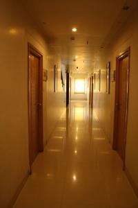 Hotel Stay Inn, Hotely  Hajdarábad - big - 42