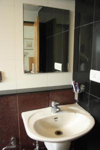 Hotel Stay Inn, Hotely  Hajdarábad - big - 9