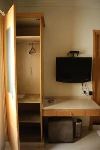 Hotel Stay Inn, Hotely  Hajdarábad - big - 6