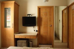 Hotel Stay Inn, Hotely  Hajdarábad - big - 72