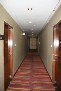 Hotel Stay Inn, Hotely  Hajdarábád - big - 80