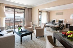 Hôtel Barrière Le Gray d'Albion Cannes (11 of 55)