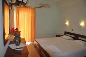 Two-Bedroom Apartment Aggelos Family Hotel