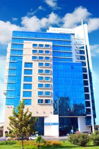 Отель Chirag Plaza & Business Center