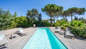 Villa des Salins by Hotel des Lices