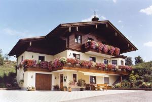 Haus Goldeggblick - Hotel - Goldegg