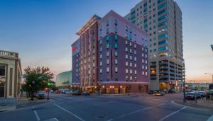 Hampton Inn & Suites Tulsa Downtown, Ok - Tulsa