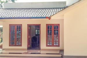 Auberges de jeunesse - Homestay with private pool in Kenichira, Wayanad, by GuestHouser 61376