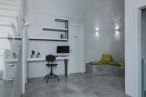 BORGOBELTRANI, Bed and Breakfasts  Trani - big - 72