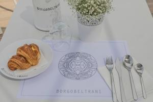 BORGOBELTRANI, Bed and Breakfasts  Trani - big - 79