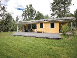 Holiday home Sluseparken Aakirkeby X, Nyaralók  Vester Sømarken - big - 1