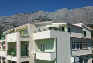 Rooms & Apartments Villa Anka, Апартаменты  Тучепи - big - 110