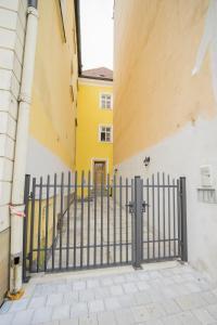 apartmán Zámečnická 3, Apartmány  Olomouc - big - 17