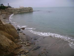 . Peaceful Beach Retreat
