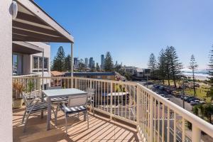 Ocean Breeze Beachside Apartment