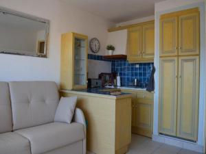 Apartment Levant, Apartments  Le Lavandou - big - 6