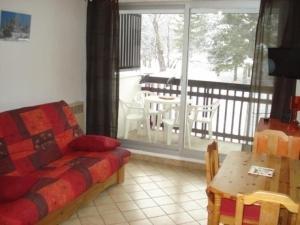 Apartment Plaine alpe, Apartmanok  Le Bez - big - 8