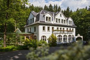 Landhotel & Gasthof Forsthaus - Cranzahl