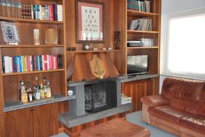 obrázek - Villa Katerina, on the seaside with antique furniture