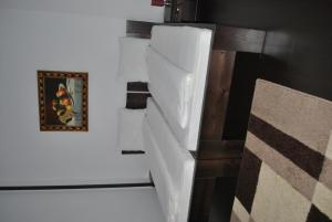 Hotel Taverna Pecicana, Hotely  Pecica - big - 6