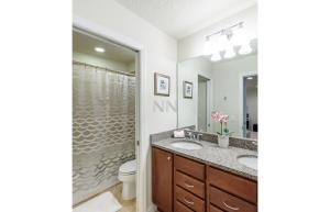 Four Bedroom Vacation Townhouse 19md86 Windsor at Westside, Case vacanze  Kissimmee - big - 27