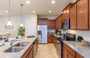 Four Bedroom Vacation Townhouse 19md86 Windsor at Westside, Dovolenkové domy  Kissimmee - big - 45
