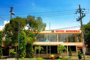 Hotel Merdeka Madiun - Cepu