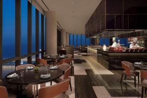 Grand Hyatt Dalian, Отели  Далянь - big - 22