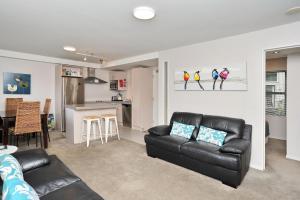 Carlton Villa 2 - Christchurch Holiday Homes