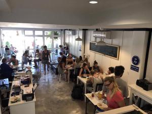 Hub of Joys Hostel - Ban Ai Dao