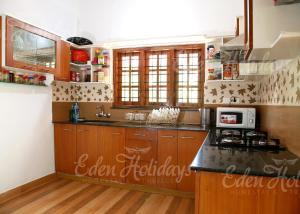 Eden Holiday Villa, Homestays  Sultan Bathery - big - 13