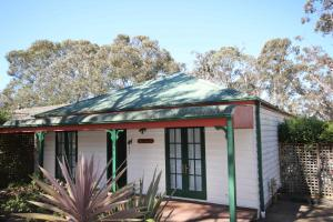 Lily-May Cottage