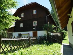 Urige Almhütte - Hotel - Innerkrems