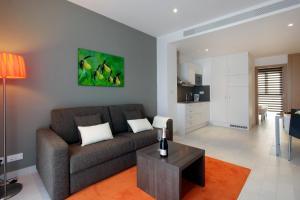 Fisa Rentals Les Corts Apartments