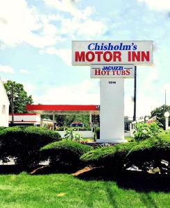 Chisholm's Motor Inn