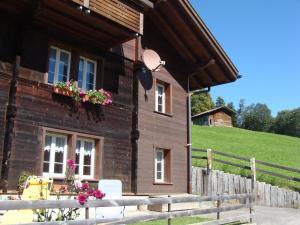 Chalet Sunnegg - Apartment - Adelboden