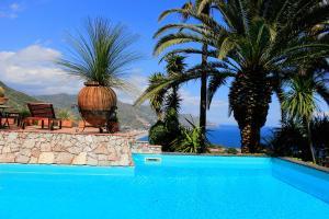 Luxury Panoramic Villa - AbcAlberghi.com