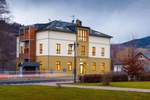 Hotel Valdes - Loucná