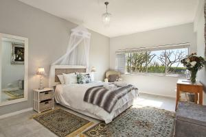 Edward Court 1 Bedroom Sea - Mouille Point