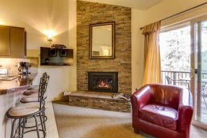 obrázek - Mt Bachelor Village Ski House # 219