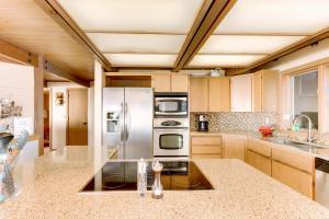 Haystack Views Vacation Rental, Holiday homes  Cannon Beach - big - 8