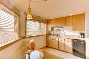 Haystack Views Vacation Rental, Holiday homes  Cannon Beach - big - 24
